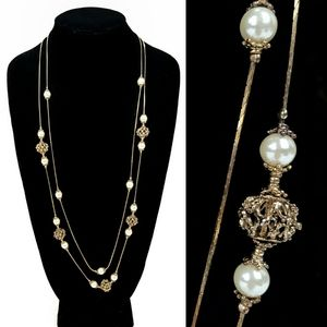Jewelry - Gold filigree and Pearl Necklace
